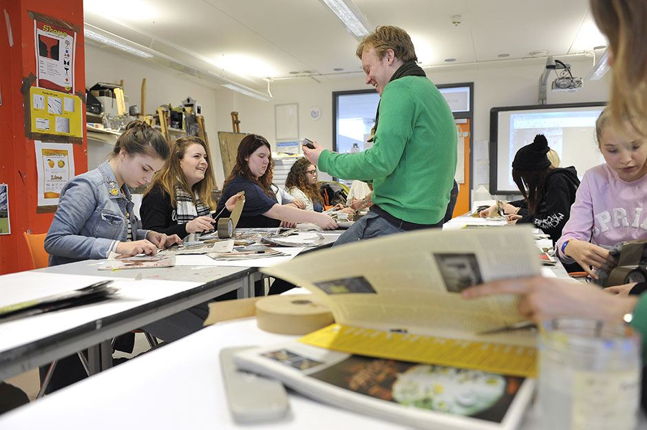 2015-02-14 National Art & Design Saturday Club: Paper furniture model masterclass at Sussex Coast College, Hastings, run by Alex Swain. Photo by Magnus Andersson www.magnus-andersson.com